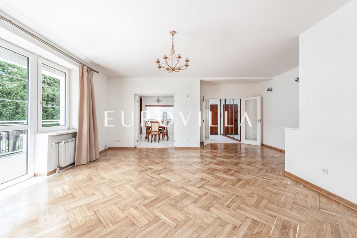 Wyjątkowe mieszkanie w kameralnej części Mokotowa