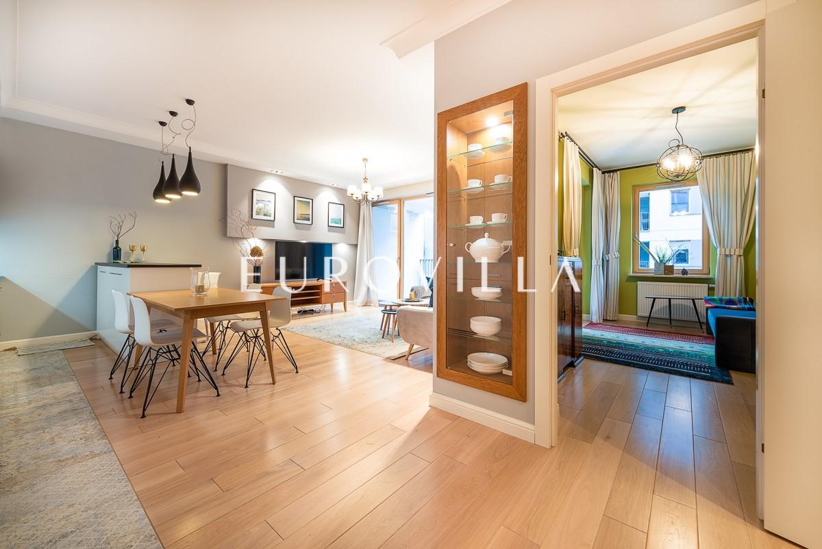 Nowoczesny Nowy Apartament 4 pokoje 3 łazienki