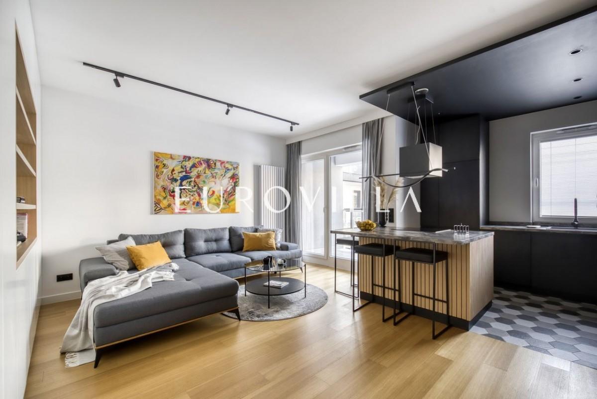 Nowe, pięknie zaaranżowane mieszkanie dla pary