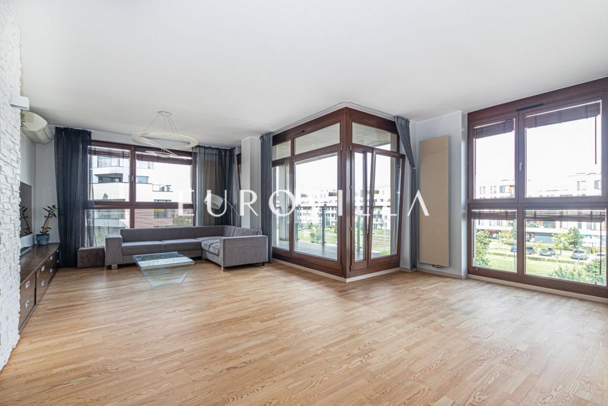 Apartament 127 m2 z dużym balkonem w Wilanowie.